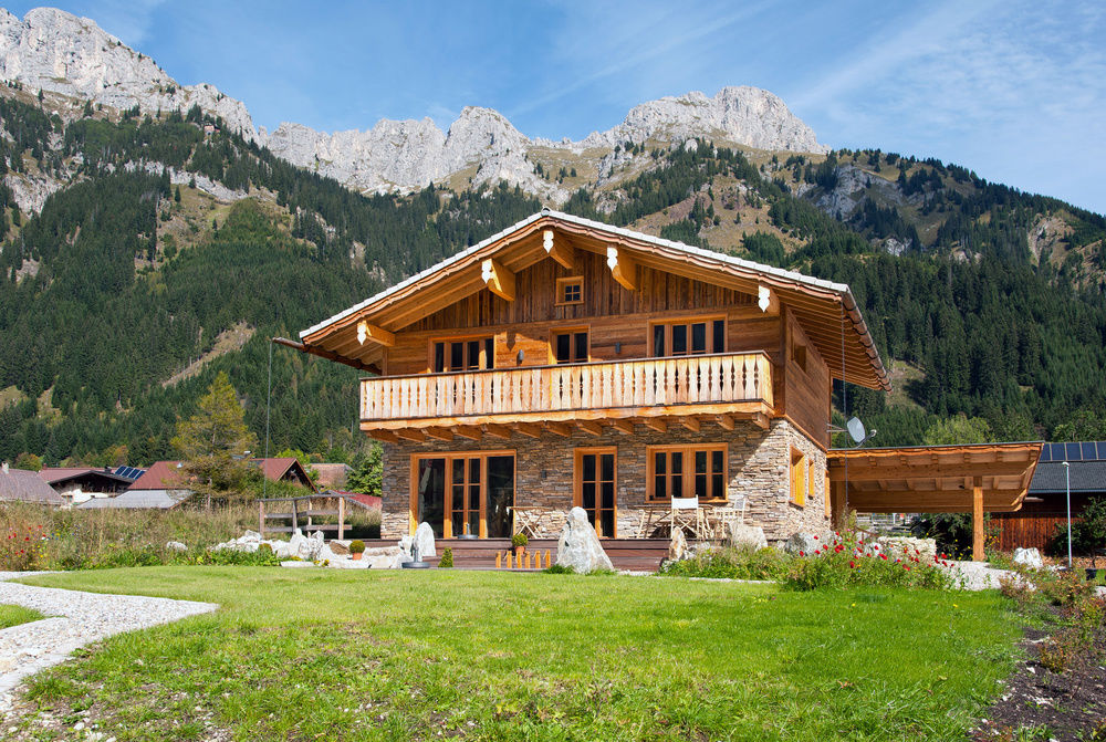 chalet tannheimer tal luxus chalets tirol bergh tten. Black Bedroom Furniture Sets. Home Design Ideas
