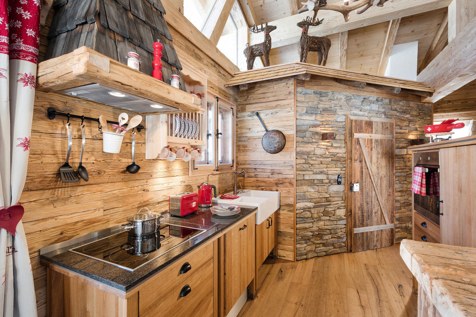 Luxuriöses RomantikChalet KuschelChalet Luxus Chalet Tirol - Whirlpool im wohnzimmer