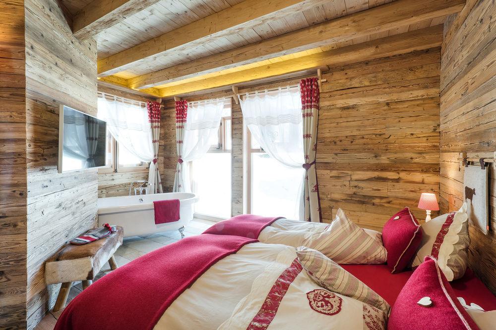 Wohnen im luxus chalet in tirol bergh tten sterreich for Zimmer mit whirlpool bayern